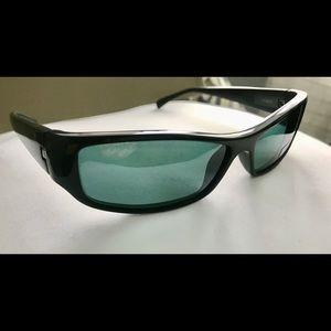32cccbc240d Stylish Alain Mikli Polarized Sunglasses-Unisex